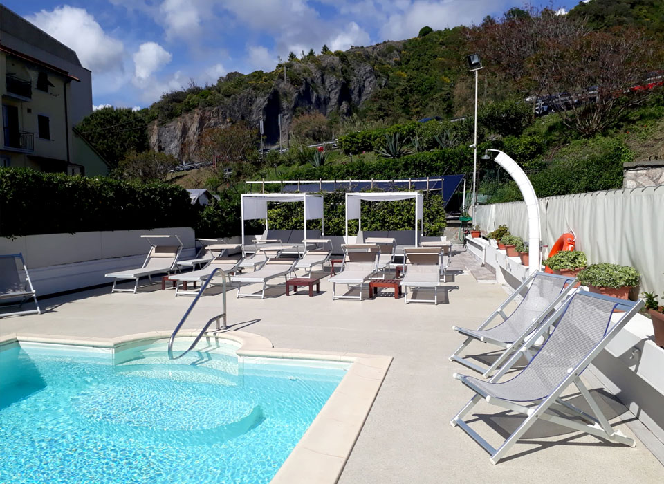 hotel-4vent-piscina